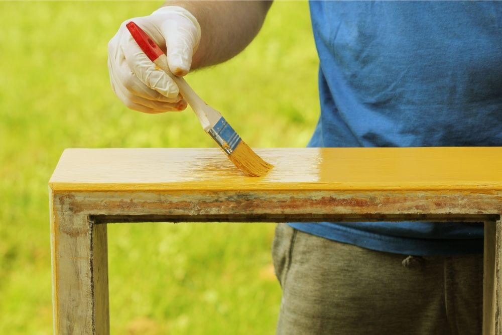 Painting Over Gloss Without Sanding Dos And Don'ts